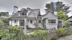 CLASSIC MURPHY 1920's COUNTRY ENGLISH STYLE COTTAGE | Once upon a time..Tales from Carmel by the Sea