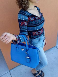Give your wardrobe a little pop of color with this gorgeous purse - Just $15 at #PlatosClosetTucson! #NeedIt #SoCute #LoveIt #BagObsession #accessories #CanIHaveIt #please #INeedThis | www.platosclosettucson.com