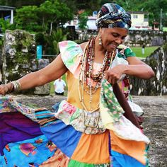 """Nature magic music colors history and beautiful people. This are some of the things that welcomes you to the small town of Portobelo.  The """"Pollera Congo"""" represents the colors of nature and the joy of the women that wear them filled with pride honoring their ancestors. #panamahatgirl #panama #visitpanama #portobelo #congo #culture #traditions #alotrolado"""
