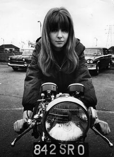 Jane Asher Riding A Motorcycle, 1965: A Look Back Photo: Getty Images (Source: HP http://www.huffingtonpost.com/2012/01/17/jane-asher-style_n_1205109.html)