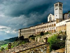 See my favourite shots from Assisi last week on my blog at http://latitudetravel.ca/travel-bloggers-unite-assisi/.