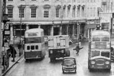 The scene in Commercial Road at the junction with Edinburgh Road Portsmouth England, Bus Coach, The Old Days, Busses, Beautiful Places To Visit, Southampton, Coaches, Hampshire, Family History