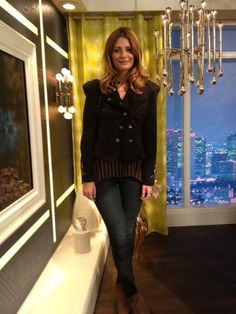 What Mischa Barton wore on April 7. JEANS: J BRAND  TOP: Mischa Barton  JACKET: Mischa Barton  SHOES: Kurt Geiger