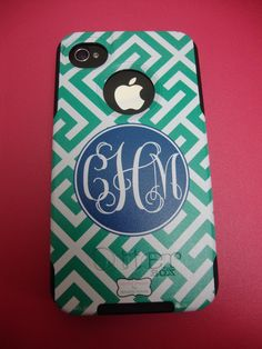 Otterbox case with a great pattern from The Pink Monogram! Protection and perfection!