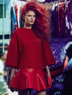 """Proporçao"" - Fashion spread for Vogue Brazil. Photography: Fabio Bartlet / Stylist: Daniel Ueda"