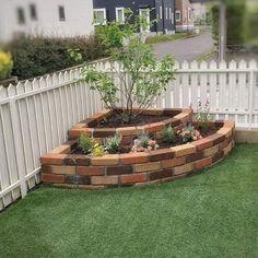 Backyard Garden Landscape, Garden Yard Ideas, Garden Landscape Design, Garden Projects, House Garden Design, Landscape Architecture, Front Yard Ideas, Garden Art, Fenced Garden