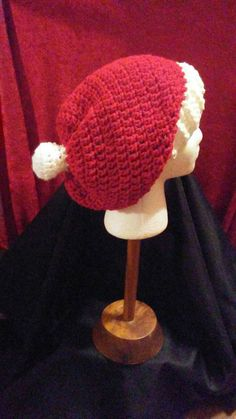 Check out this item in my Etsy shop https://www.etsy.com/listing/498847592/red-and-white-crochet-slouchy-beanie-red