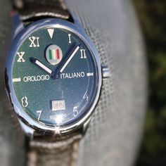 "Egotempo ...  Preludio with special dial ""orologio italiano"", nuanced green colors, 18k gold and enamel plates applied on starry dial...  Preludio coming soon ...  www.egotempo.it https://instagram.com/egotempo/ https://twitter.com/EgotempoItalia"