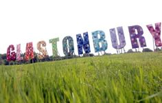 Glastonbury is my all time favourite festival. I love how it is for all ages, it's so big that it it's impossible to get bored and the fact that it has been going on for years and years makes it even more magical! Festival Wedding, Art Festival, Festival Party, Festival Fashion, Festival Style, Glastonbury 2013, Festivals Around The World, Festival Decorations, The Places Youll Go