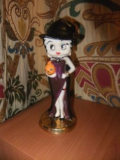 Betty Boop Halloween Figurine 2007 Limited Edition, by Wade