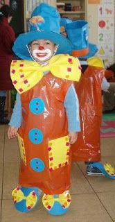 Kindergarten, my first school: Clown funny and colorful Clown Crafts, Carnival Crafts, Kids Carnival, Circus Art, Circus Theme, Mardi Gras Costumes, Carnival Costumes, Art For Kids, Crafts For Kids