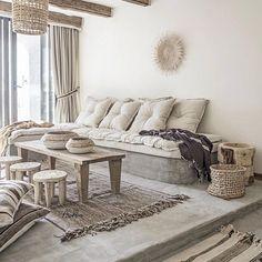 Paulina Arcklin (@paulinaarcklin) • Instagram photos and videos Entryway Bench, Concrete, Throw Pillows, Inspiration, Instagram, Furniture, Home Decor, Videos, Style