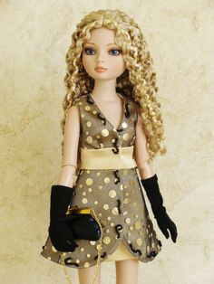 Ellowyne Wilde Tonner Doll- Want this wig! Love this outfit!
