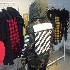 Off White Coppin Urban Street Fashion Photography, Urban Gear, Autumn Fashion 2018, Mens Trends, Urban Street Style, Man Men, Urban Chic, Look Cool, Off White