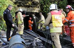 (10) Work continues to find the three trapped miners.
