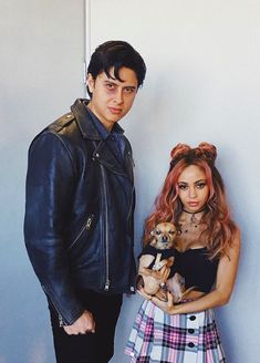 Vanessa Morgan x Jordan Connor Riverdale Tumblr, Riverdale Memes, Riverdale Cast, Sweet Pea Riverdale, Camila Mendes Riverdale, Halloween Parejas, Riverdale Archie, Riverdale Betty, Bff