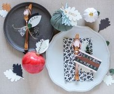 Thanksgiving Placecard Ideas with the Word Punch Board by Rebecca Luminarias for We R Memory Keepers Thanksgiving Favors, Thanksgiving Place Cards, Thanksgiving Projects, Thanksgiving Centerpieces, Happy November, Candle Maker, We R Memory Keepers, Punch Board, Big Meals