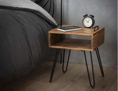 Metal Furniture, Cool Furniture, Furniture Design, Room Ideas Bedroom, Home Decor Bedroom, Bedside Lockers, Wood And Metal Table, Spare Room, Home And Living
