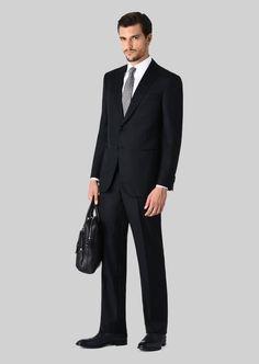 Giorgio Armani Wall Street Wool And Cashmere Suit Giorgio Armani, Emporio Armani, 80s Fashion Men, Mens Fashion Suits, Mens Suits, Celebrities Fashion, Fashion Vintage, Fashion History, Men's Fashion