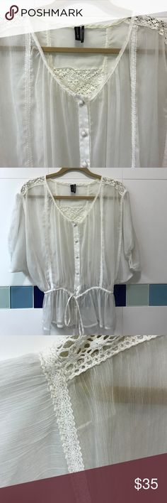 White Lace Blouse White Lace Blouse | Pre-Owned | Open to offers | Feel free to ask for any additional photos or information.📸 Zio Tops Blouses