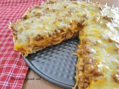 Taco Bake. Looks delicious! Id add some lettuce, chopped up tomatoes, and sour cream on top though. yummies