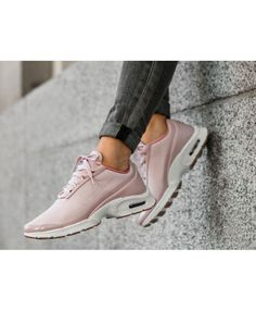 0489a2538338 Nike Air Max Jewell SE Silt Red Silt Red Red Stardust Sail Trainer