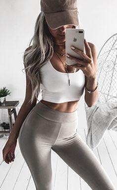 #winter #fashion //  White Cropped Top + Grey Leggings