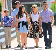 ♥♥♥Kelly Ripa♥♥♥ Family affair: Kelly and Mark were joined by their kids (L-R) Joaquin, Michael, and Lola...