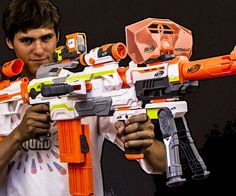 Become the ultimate playground soldier by building the weapon of your dreams using this modular NERF gun. The motorized NERF Modulus ECS-10's flexible base lets you choose from thirty different gun attachments, such as a chainsaw and a blast shield.