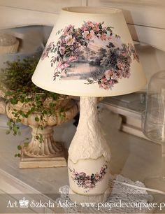 lampa i abażur wykonana z papieru Asket Collection