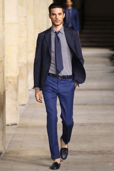 Photos of the Hermes Spring/Summer 2014 Men's Collection show from Paris Fashion Week Fashion Week Hommes, Paris Fashion, Fashion Show, Mens Fashion, Fashion Design, Fashion Styles, Fashion 2014, Fashion Menswear, Fashion Mode
