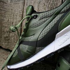Diadora N.9000 MM Bright II exclusive Foot Locker Release #FootLockerEU #shoes #shoe #kicks #instashoes #instakicks #sneakers #sneaker #sneakerhead #sneakerheads #solecollector #soleonfire #nicekicks #igsneakercommunity #sneakerfreak #sneakerporn #shoeporn #fashion #swag #instagood #fresh #diadora  #sneakerholics #sneakerfiend #shoegasm #kickstagram #walklikeus #peepmysneaks #flykicks