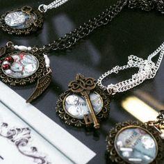 Handmade Clockwork Lobster Steampunk resin pendants with keys, wings and maps! Pocket Watch, Keys, Bracelet Watch, Steampunk, Resin, Wings, Pendants, Display, Book