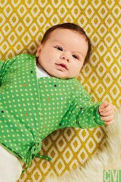 Das bekommen auch Nähanfänger hin - eine niedliche Babywickeljacke. ©2016 Christophorus Verlag GmbH & Co