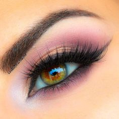 Dreamy pink eye makeup with Noir Fairy lashes. Pink and white.