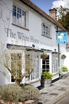 the white horse chilgrove British Country, Chichester, White Horses, Surrey, Countryside, Pub Food, Outdoor Decor, Drink, Heart