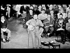 Michael, Row The Boat Ashore - Pete Seeger in Australia while he was still blacklisted in the U.S.