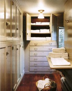linen closet // skylands // martha stewart's home