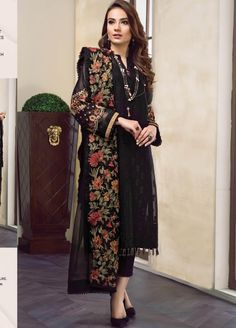 Buy Baroque Swiss Voile 2019 Collection Volume 2 Embroidered Lawn Unstitched 3 Piece Suit from Sanaulla Store - Original Products. Simple Pakistani Dresses, Pakistani Dress Design, Pakistani Outfits, Casual Dresses, Fashion Dresses, Women's Casual, Baroque, African Traditional Dresses, Traditional Gowns