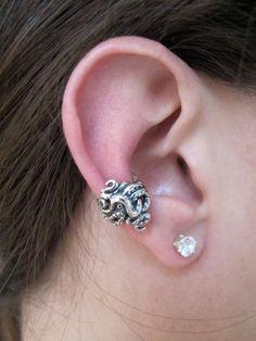 Silver Ear Cuff Octopus Ear Cuff Tentacle Twist Ear di martymagic, $39.00