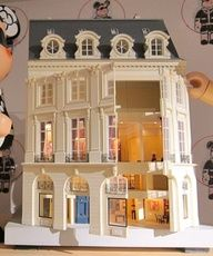 Miniature doll house....I've always wanted to do one of these!!!