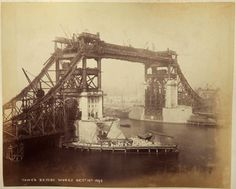 The construction of Tower Bridge in London, 1892