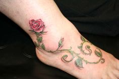 Only the best free Vine Tattoos On Foot tattoo's you can find online! Vine Tattoos On Foot tattoo's to print off and take to your tattoo artist. Vine Foot Tattoos, Rose Vine Tattoos, Feather Tattoos, Trendy Tattoos, New Tattoos, Girl Tattoos, Tatoos, Tattoos For Women Flowers, Foot Tattoos For Women