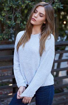 Sweaters for Women Photography Poses Women, Girl Photography, Fashion Photography, Beautiful Girl Image, Beautiful People, Bridget Satterlee, Foto Casual, Nice Dresses, Feminine