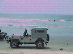 We like our Jeeps on the beach!