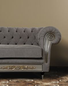 #vismaradesign Chest Nouveau is an upholstery collection mod. Chesterfield suitable to those who look for comfort and elegance.#baroquestyle #softfurnishing #luxury #madeinitaly
