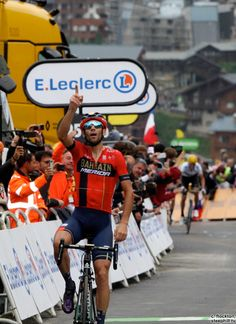 Vincenzo Nibali wins Stage 20 TDF2019 Vincenzo Nibali, Pro Cycling, Racing, Tours, Sports, Legends, Stage, World, France