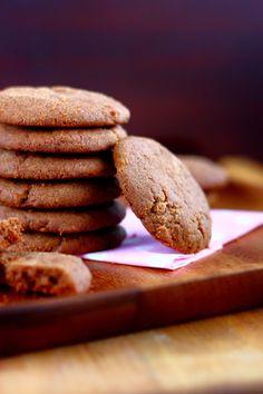 Mureat suklaakeksit ilman kaakaojauhetta - Suklaapossu No Bake Cookies, Baking Cookies, Almond, Food And Drink, Desserts, Tailgate Desserts, Deserts, Almond Joy, Postres