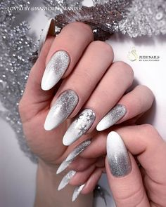 Festive nail art ideas for Christmas to Beautify the Moment - Nail inspo coffin - Nail Art Designs Videos, Long Nail Designs, Colorful Nail Designs, Xmas Nails, Holiday Nails, Christmas Nails, Nail Manicure, Gel Nails, Maroon Nails