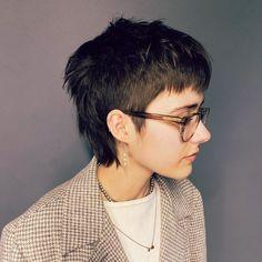Mullet Haircut, Mullet Hairstyle, Short Haircut Styles, Long Hair Styles, Short Mullet, Androgynous Hair, Shot Hair Styles, Cut My Hair, Wavy Hair